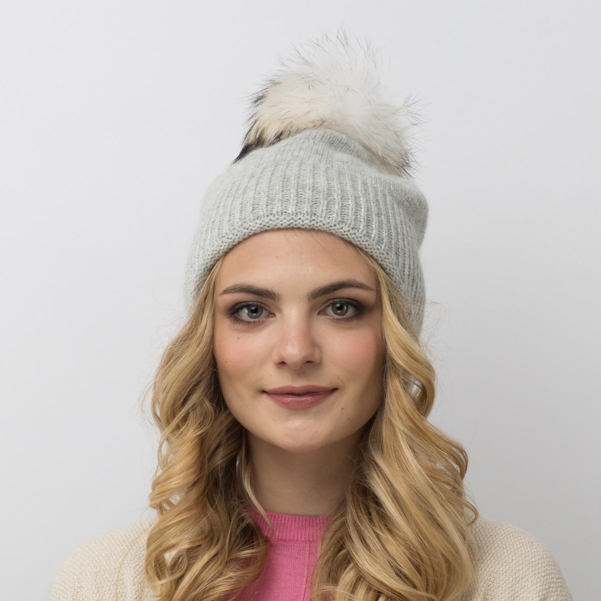 Шапка женская Flioraj, цвет: светло-серый. 714/8-М FJ. Размер 54/58714/8-М FJУдлиненная шерстяная шапка-колпачок от Flioraj - новинка женской коллекции. Такое нововведение отвечает последнему веянию - сделать женскую коллекцию более универсальной. Такую шапочку можно носить с любым видом верхней одежды, достаточно только определиться с цветом. Модель дополнена люрексом и меховым помпоном.