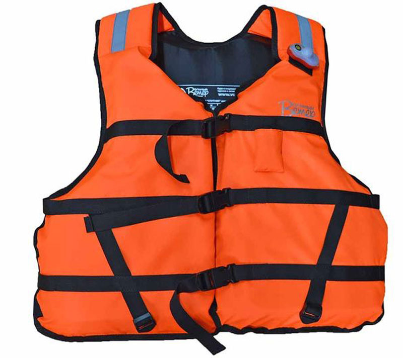 Жилет спасательный Вольный Ветер Стандарт-Детский22023Этот спасжилет соответствует ГОСТ 22336-77 и требованиям ГИМС, спасательный жилет Стандарт детский предназначен для обеспечения безопасности на воде для людей массой до 35 кг (типоразмер I по ГОСТ 22336-7). Подгонка спасжилета по фигуре обеспечивается регулируемыми стропами, на жилет нашиты светоотражающие полосы.