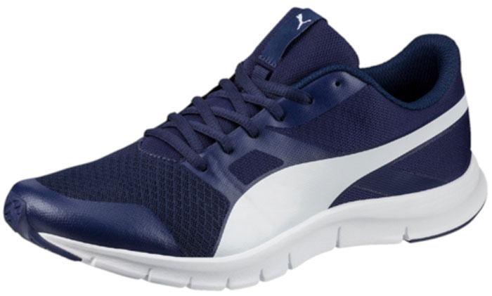 Кроссовки мужские Puma Flexracer, цвет: синий. 36058031. Размер 11 (45)36058031В модели Flexracer сетчатый материал верха снабжен мягкими бесшовными вставками и накладками, что делает эту обувь мягкой, дышащей и отлично сидящей по ноге. Промежуточная подошва из амортизирующего этиленвинилацетата обеспечивает всё для того, чтобы ваша походка была легкой и упругой. Рельефная поверхность подошвы гарантируют отличное сцепление на любых поверхностях. Традиционная шнуровка вместе с мягким язычком обеспечивает надежную фиксацию ноги. Уличные кроссовки Flexracer прекрасно подходят для ежедневной носки.
