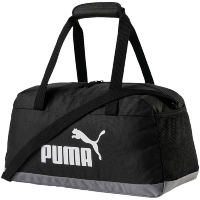 Сумка Puma Phase Sport Bag, цвет: черный. 0749420107494201Удобная и вместительная сумка имеет главное отделение на молнии, открывающейся с двух сторон, эластичный карман из сетчатого материала сбоку справа, функциональную подкладку из полиэстера с изнанкой из полиуретана, две ручки для переноски, которые можно соединить вместе застежкой на липучке, а также лямку через плечо регулируемой длины. Через металлические язычки застежек-молний продернута плотная тесьма, а спереди сумка декорирована набивным логотипом PUMA.