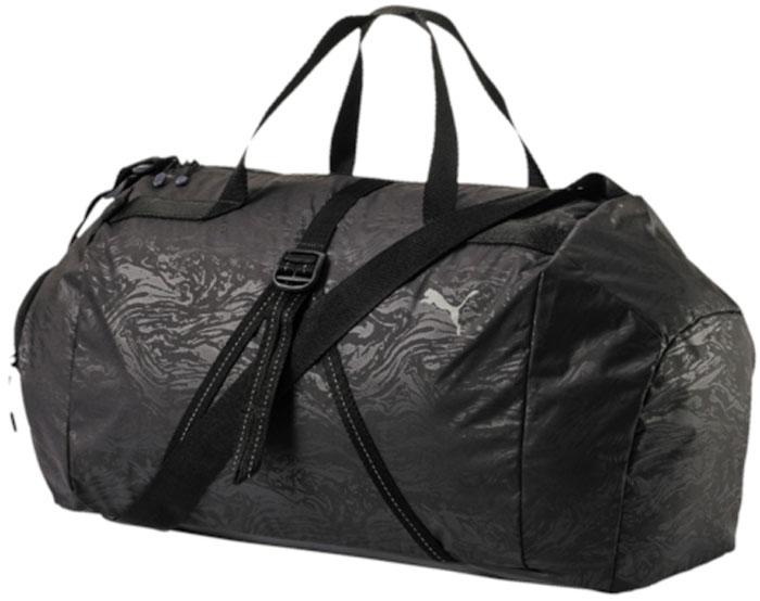 Сумка женская Puma Fit At Sports Duffle, цвет: черный, 32 л. 0748110107481101Удобная и вместительная сумка имеет главное отделение на молнии, открывающейся с двух сторон, отделение для сменной обуви на молнии, карман на молнии с подкладкой внутри и функциональную подкладку из полиэстера. Спереди на сумке снаружи имеются ремни из лямочной ленты регулируемой длины, с помощью которых может фиксироваться коврик для йоги. Сумку можно носить за широкие длинные ручки из лямочной ленты в руках или на плече. Также имеется длинная лямка через плечо регулируемой длины с пластиковой фурнитурой. В металлические язычки застежек-молний продернуты шнуры с символикой Puma. Кроме того, сумка декорирована набивным логотипом Puma сверху спереди.