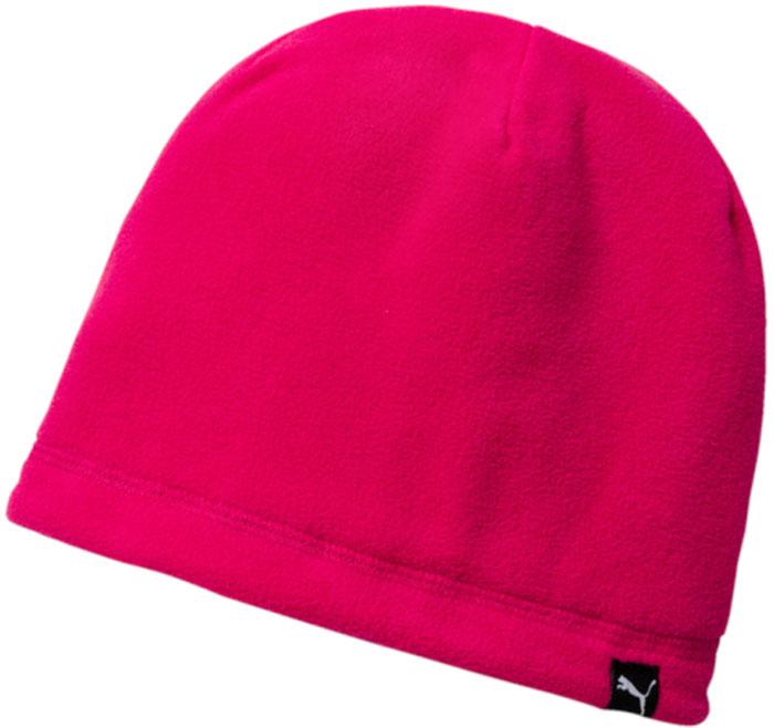 Шапка Puma Active Fleece Beanie, цвет: малиновый. 02127003. Размер универсальный02127003Стильная шапка плотной вязки, которую можно носить на обе стороны, изготовлена с использованием высокофункциональной технологии WarmCell, которая благодаря дышащим свойствам материала удерживает тепло и сохраняет оптимальную температуру вашего тела даже в холодную погоду. Дополнительную изоляцию создает двойная подкладка из флиса. Комфорт и долговечность в носке обеспечивают плоские швы. Спереди шапочка декорирована логотипом Puma из светоотражающего материала, нанесенным методом термопечати, а сзади снабжена логотипом WarmCell.Подходит на обхват головы 54-58 см.