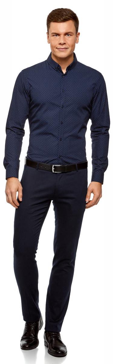 Рубашка мужская oodji Lab, цвет: темно-синий, синий. 3L110270M/19370N/7975G. Размер 39-182 (46-182)3L110270M/19370N/7975GСтильная мужская рубашка от oodji выполнена из натурального хлопка. Модель с длинными рукавами и отложным воротником застегивается на пуговицы. Рукава дополнены манжетами на пуговицах.
