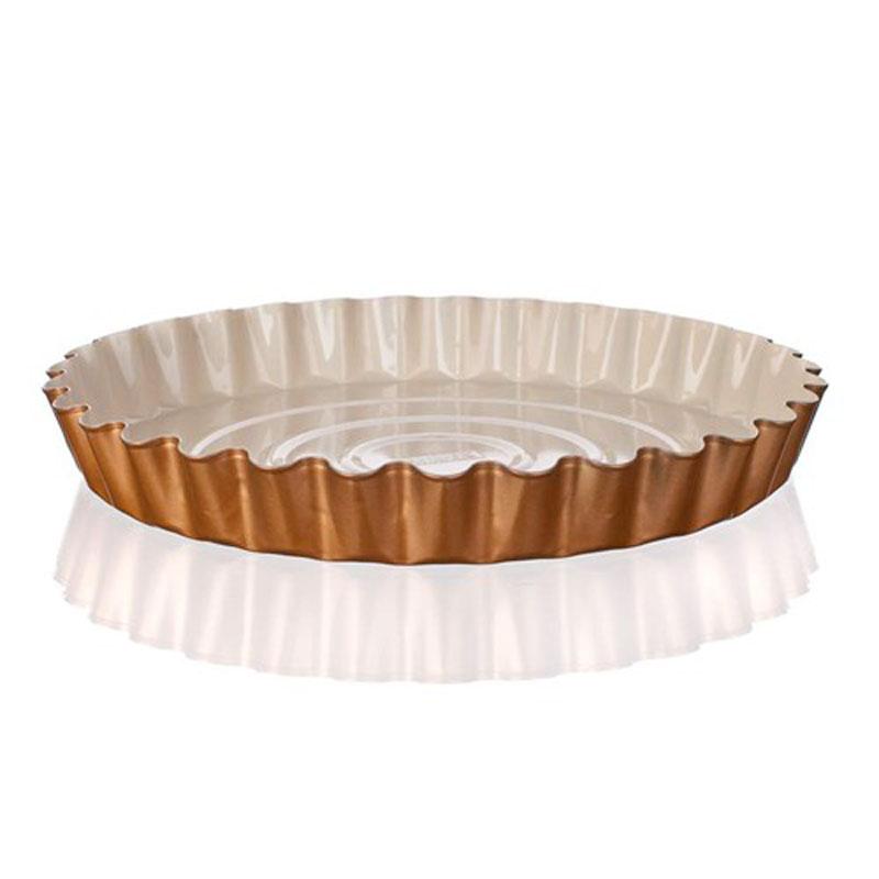 """Металлическая форма для пирога Banquet """"Gourmet Ceramia"""" имеет круглую форму и  керамическое антипригарное покрытие. Изделие имеет красивый внешний вид - можно  использовать для запекания, а также для сервировки стола."""