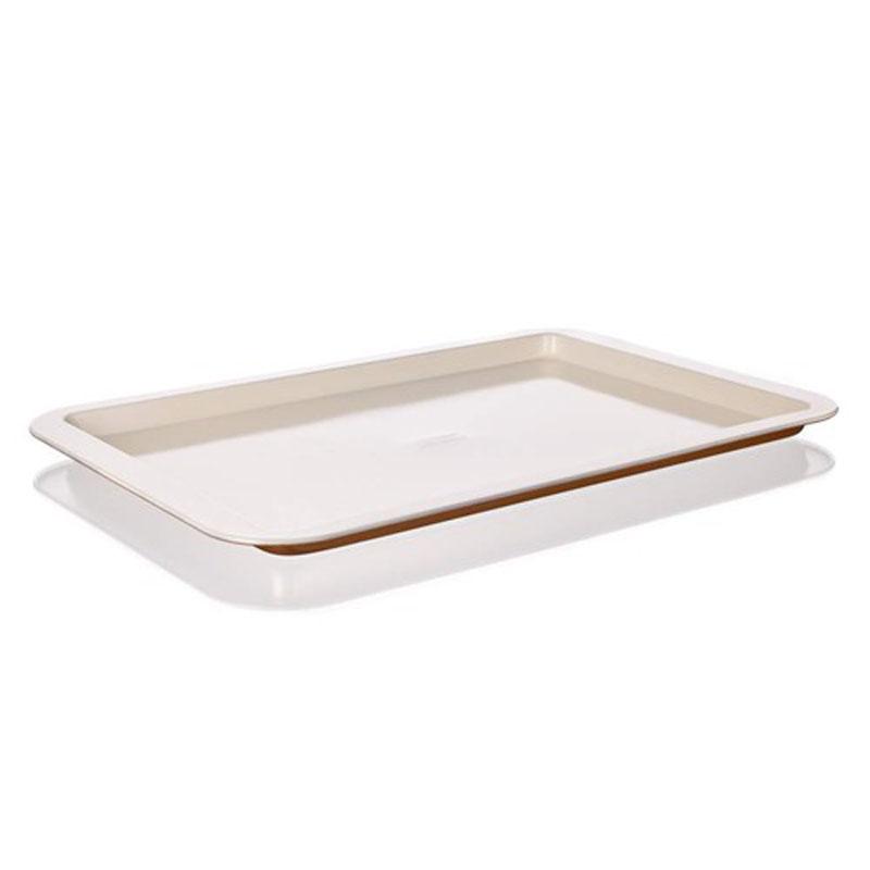 Лоток для выпечки Banquet Gourmet Ceramia, с керамическим покрытием, 42 х 29 х 2 см19YLE333GCУдобная и практичная прямоугольная форма, компактного размера. Красивый внешний вид - можно использовать для запекания, а также сервировки стола. Металлическая форма для запекания с керамическим антипригарным покрытием.