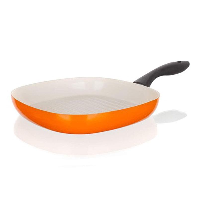 Сковорода-гриль Banquet Ceramia, с керамическим покрытием, цвет: оранжевый. Диаметр 26 см40JF26GCCORСковорода для стейков, имеет 2-х слойное керамическое покрытие кремового цвета. Подходит для всех видов плит, кроме индукционных. Размер 26x26 см. Алюминиевый корпус с керамическим 2-х слойным покрытием. Ручка - пластик.