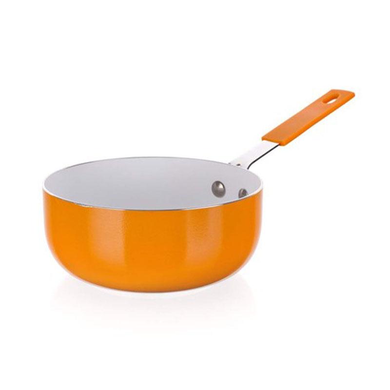 Ковш-мини Banquet Ceramia, с керамическим покрытием, цвет: оранжевый. Диаметр 14 см40MSPBQOМини сотейник не заменима на каждой кухне. Имеет 2-х слойное керамическое покрытие, удобную ручку. Для всех типов плит кроме индукционных. Размер 14 см. Алюминиевый корпус с керамическим 2-х слойным покрытием. Ручка - силикон.