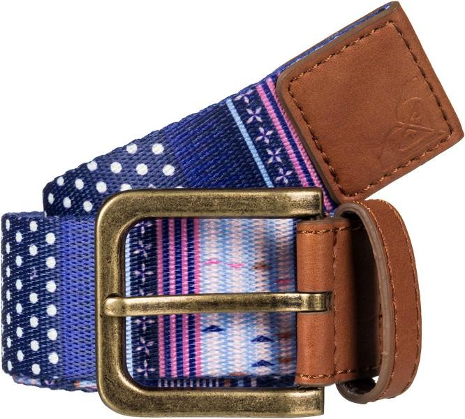 Ремень женский Roxy Webbing Spot, цвет: сиреневый, синий, светло-серый. ERJAA03341-XMBB. Размер S (103)ERJAA03341-XMBBЯркий женский ремень Roxy Webbing Spot выполнен из плотного полиэстера и оформлен оригинальным текстовым принтом. Пряжка выполнена из металла с отделкой из искусственной кожи. Кончик ремня выполнен из искусственной кожи и оформлен фирменным тиснением Roxy.Такой ремень станет стильным дополнением вашего образа.