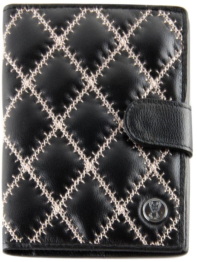 Обложка для автодокументов женская Topo Fortunato, цвет: черный. TF 101-092TF 101-092Изысканная обложка для автодокументов Topo Fortunato изготовлена из натуральной кожи ягненка.Внутри: слева - прозрачный захват и текстильная подкладка с логотипом, справа- кожаный захват с четырьмя кармашками для пластиковых карт, вкладыш с прозрачными файлами для автодокументов. Такая обложка для автодокументов станет стильным аксессуаром, который отлично впишется в ваш образ.