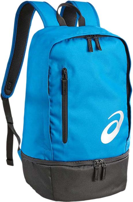 Рюкзак спортивный Asics Tr Core Backpack, цвет: голубой132077-0819Рюкзак Asics Tr Core Backpack отличается не только стильным и оригинальным дизайном, но и функциональностью. Он выполнен из высококачественного полиэстера, чем и объясняется его долговечность. Изделие имеет одно основное отделение, которое закрывается на застежку-молнию. Внутри находится накладной мягкий карман на резинке для ноутбука и небольшой сетчатый кармашек на резинке. Кроме объемного основного отдела снаружи на передней стенке имеется небольшой прорезной карман на застежке-молнии. Рюкзак оснащен удобными анатомическими лямками с перфорацией и дополнительными лямками для фиксации рук, регулируются по длине, и удобной текстильной ручкой. Лицевую часть рюкзака украшает логотип Asics.