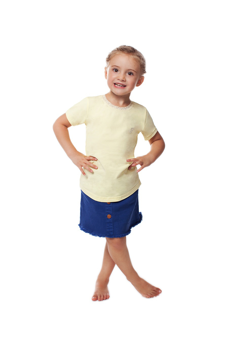 Футболка для девочки Buonumare, цвет: светло-желтый. c0c1501-0008 BNM 20222. Размер 4 (116/128)c0c1501-0008 BNM 20222Футболка для девочки Buonumare выполнена из эластичного хлопка, приятного к телу. Материал хорошо вентилируется и прекрасно впитывает лишнюю влагу. Модель с короткими рукавами. Вырез горловины оформлен тесьмой.