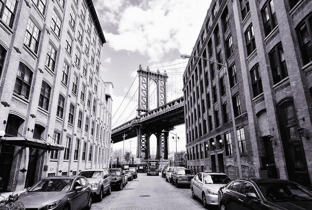 Фотообои флизелиновые Milan Манхэттенский мост, текстурные, 3 х 2 мM 7701Текстурные флизелиновые фотообои Milan Манхэттенский мост позволят создать неповторимый облик помещения, в котором они размещены. Milan — дизайнерская коллекция фотообоев и фотопанно европейского качества, созданная на основе последних тенденций в мире интерьерной моды. Еще вчера эти тренды демонстрировались на подиумах столицы моды, а сегодня они нашли реализацию в декоре стен. Фотообои Milan реализуют концепцию доступности Моды для жителей больших и маленьких городов. Фотообои Milan — мода для стен, доступная каждому! Монтаж: Клеи Quelid Murale, Хенкель Metylan Овалид Т и Pufas Security GK10 . Принцип монтажа: стык в стык.
