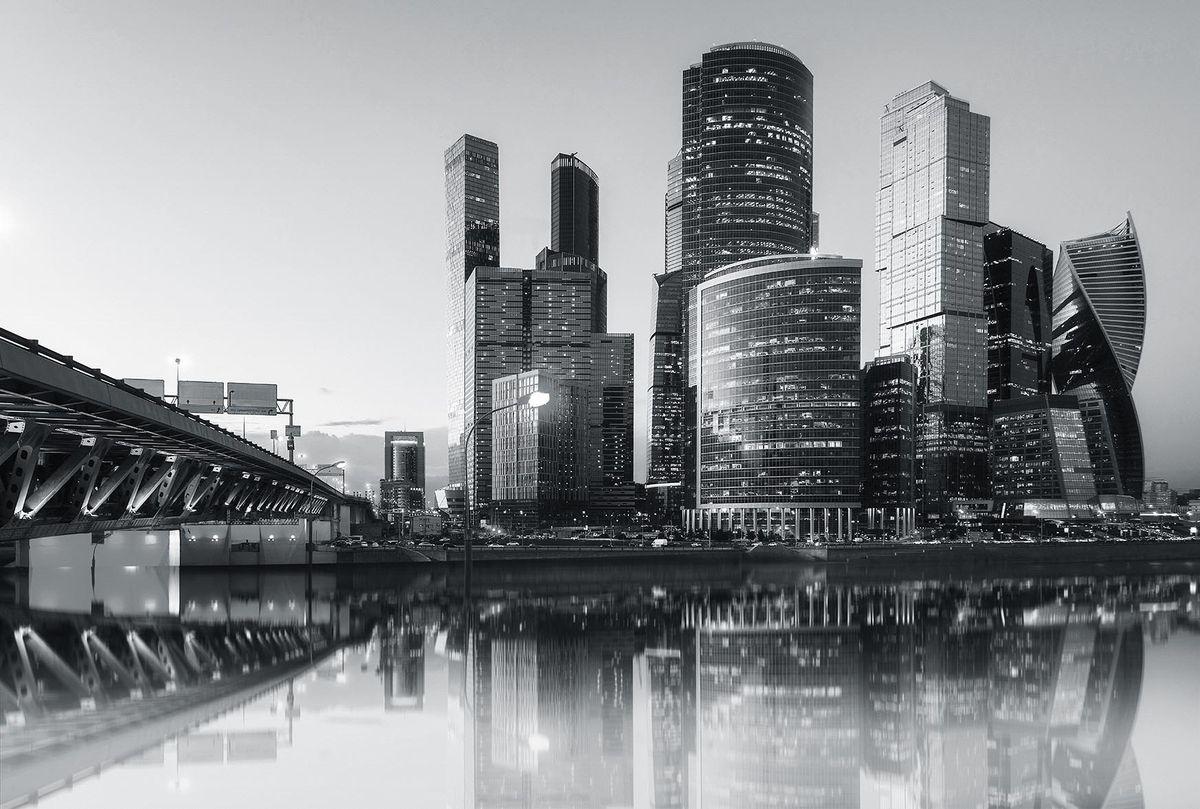 Фотообои флизелиновые Milan Сердце города, текстурные, 3 х 2 мM 775Текстурные флизелиновые фотообои Milan Сердце города позволят создать неповторимый облик помещения, в котором они размещены. Milan — дизайнерская коллекция фотообоев и фотопанно европейского качества, созданная на основе последних тенденций в мире интерьерной моды. Еще вчера эти тренды демонстрировались на подиумах столицы моды, а сегодня они нашли реализацию в декоре стен. Фотообои Milan реализуют концепцию доступности Моды для жителей больших и маленьких городов. Фотообои Milan — мода для стен, доступная каждому! Монтаж: Клеи Quelid Murale, Хенкель Metylan Овалид Т и Pufas Security GK10 . Принцип монтажа: стык в стык.