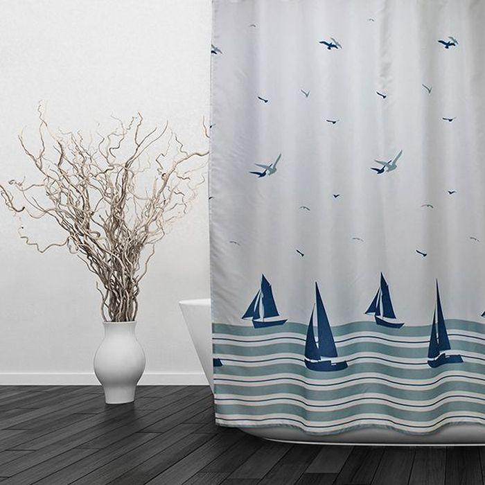 Штора для ванной Dasch Парус, цвет: белый, голубой, 180 х 180 см5702Текстильная штора для ванной в стильном дизайне, который будет гармонично смотреться в любой ванной комнате. Выполнена штора из качественного полиэстера с водоотталкивающей и антибактериальной пропиткой, которая препятствует появлению на шторе плесени и других вредных грибков. Штора оснащена утяжелителем, который вшит по нижнему краю, и не позволяет шторе подниматься от потоков воздуха, создаваемых напором воды. Технология производства изделий отвечает европейским стандартам. Полотна отличаются высокими показателями износостойкости, цветостойкости и цветопередачи. Штора со временем не выцветает, а рисунок не вымывается. Допускается деликатная стирка при температуре 40 С.