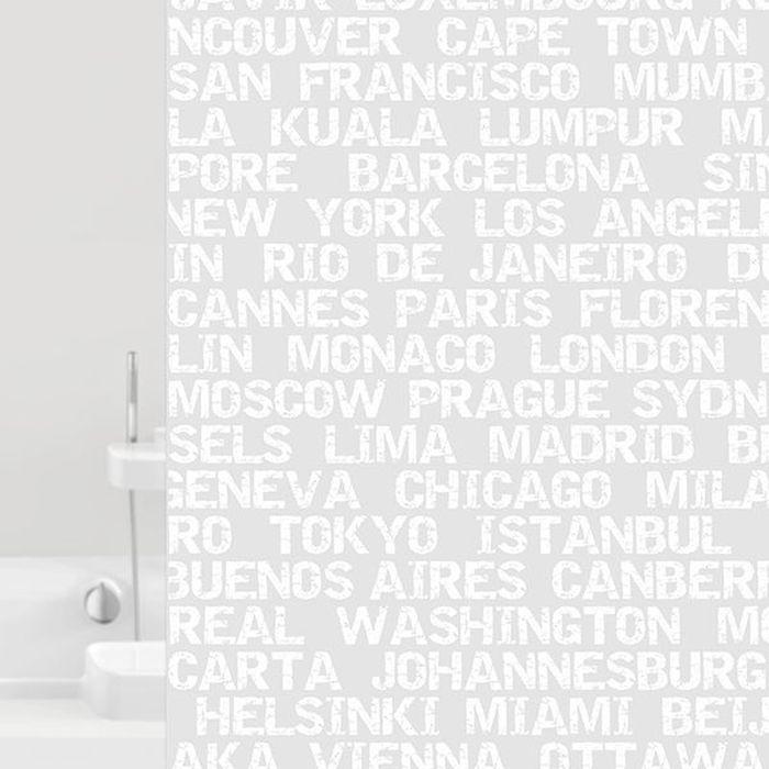 Штора для ванной Bacchetta City, цвет: белый, 180 х 200 см6023Текстильная штора для ванной в стильном дизайне от производителя с мировым именем Bacchetta. Выполнена штора из высококачественного полиэстера с водоотталкивающей и антибактериальной пропиткой, которая препятствует появлению на шторе плесени и других вредных грибков. Штора оснащена утяжелителем, который вшит по нижнему краю, и не позволяет шторе подниматься от потоков воздуха, создаваемых напором воды. Верхний край шторы усилен двойным подворотом ткани, люверсы для колец выполнены из пластика, это исключает появление ржавчины в помещении с повышенной влажностью, что часто встречается при использовании металлических деталей. Технология производства изделий отвечает новейшим европейским стандартам. Полотна отличаются высочайшими качественными характеристиками: высокими показателями износостойкости, цветостойкости и цветопередачи, прочности ткани на разрыв. Штора со временем не выцветает, а рисунок не вымывается. В комплекте со шторой предусмотрено 12 пластиковых колец. Допускается деликатная стирка при температуре не более 30 С, штора быстро сохнет.