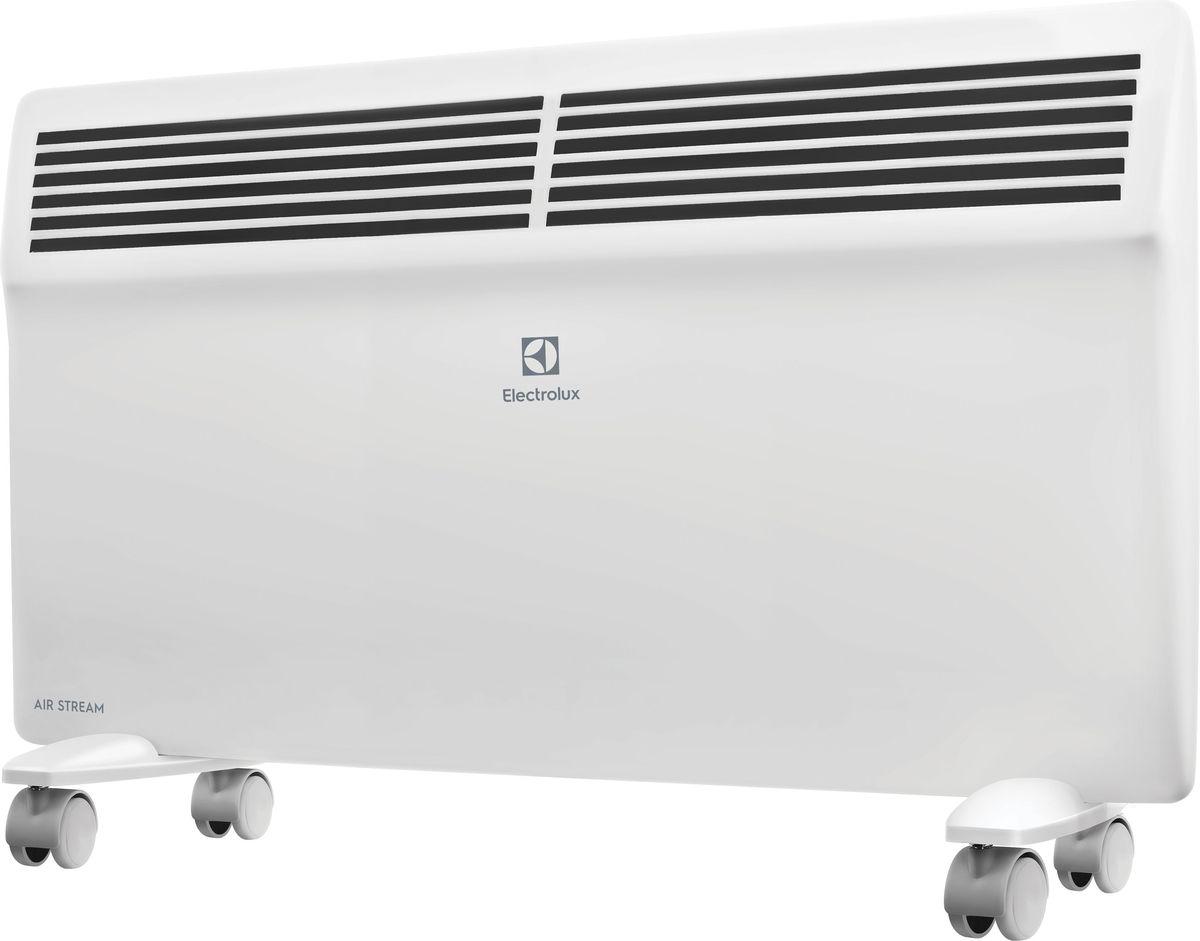 Electrolux ECH/AS-1500ER конвекторECH/AS-1500ERЭлектрический конвектор Electrolux Air Stream имеет нагревательный элемент нового поколения X-DUOS с увеличенной площадью теплоотдачи. Конвектор работает в режимах полной и половинной мощности. Класс влагозащищенности IP 24. Предусмотрена настенная и напольная установка.Нагревательный элемент X-DUOSНагревательный элемент X-DUOS, разработанный для серии AIR STREAM представляет собой цельнолитую Х-образную ребристую конструкцию, выполненную из специального сплава алюминия с применением Nano-технологий, что позволило добиться равномерной температуры по всей длине нагревательного элемента. Главная особенность нагревательного элемента заложена в специальной обработке его поверхности, на выходе структура его поверхности получается «ракушечной». Данная технология позволила увеличить площадь поверхности теплоотдачи на 25% по сравнению со стандартными монолитными нагревательными элементами.Форма X-DUOS и структура его поверхности обеспечивает максимальный теплосъем с минимальным сопротивлением потоку теплого воздуха. Это позволяет быстро обогревать помещение и значительно экономить электроэнергию (до 20%, если сравнивать с другими типами обогревателей).Монолитная конструкция нагревательного элемента X-DUOS сводит к минимуму все возможные тепловые потери, обеспечивая моментальный нагрев воздуха, тем самым демонстрируя высокий показатель надежности и более долгий срок эксплуатации прибора. Благодаря особенностям конструкции и Nano-технологиям, примененным в производстве материалов для нагревательного элемента, X-DUOS абсолютно бесшумно выходит на рабочую температуру за рекордно короткий срок — до 75 секунд.Интеллектуальное управлениеДля управления конвекторами Air Stream разработан ультрасовременный блок управления нового поколения. Логика выбора необходимой температуры нагрева воздуха и управления другими функциями обогревателя предельно проста. LED-дисплей отображает не только заданную и фактическую температуру в помещении, а та