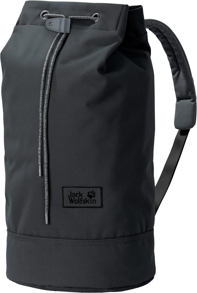 Рюкзак Jack Wolfskin On The Fly 35, цвет: темно-серый, 35 л. 2005461-63502005461-6350Рюкзак Jack Wolfskin On The Fly 35 - прочная сумка в стиле вещевой мешок для коротких поездок. Классический вещевой мешок - самое простое решение проблемы упаковки багажа. В дополнение к очень мягкому ремню через плечо и смягчающей подушке задней стенки, в рюкзаке имеются также внутреннее и практичное потайное отделения. Рюкзак закрывается на внутренний откидной клапан и затяжной шнур.Объем: 35 л.