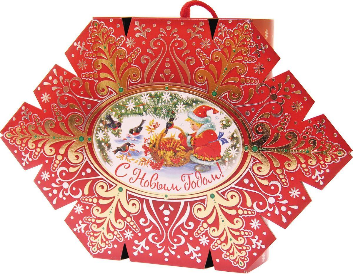 Сладкий новогодний подарок Конфета-снежинка, 500 г1546Новогодние подарки в картонной упаковке считаются самыми популярными для поздравления детей в детских садах и школах, и с каждым годом остаются лидерами продаж. Сладкий Новогодний подарок Конфета-снежинка  500 гр. очарует любого малыша своей яркой, разноцветной упаковкой, а прекрасно подобранный состав кондитерских изделий от самых известных производителей позволит в полной мере насладиться праздником. Прекрасный вариант поздравления детей на утренниках в детских садах и школах.Уважаемые клиенты! Обращаем ваше внимание на возможные изменения в дизайне упаковки. Качественные характеристики товара остаются неизменными. Поставка осуществляется в зависимости от наличия на складе.