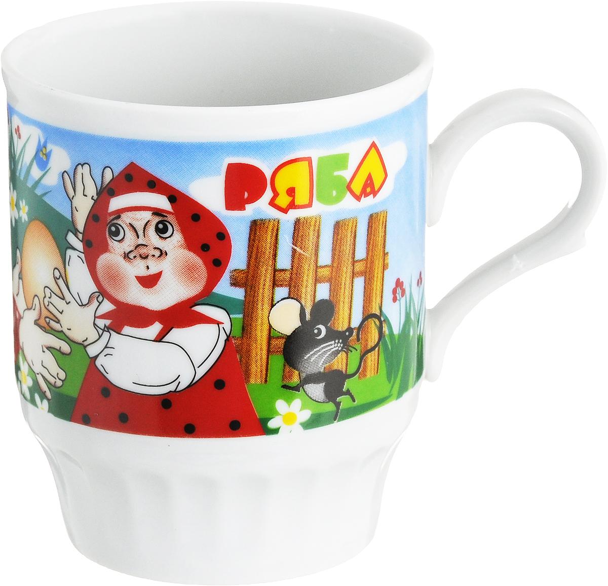 """Кружка Дулевский фарфор """"Русское поле. Сказка"""" способна  скрасить любое чаепитие. Изделие выполнено из  высококачественного фарфора и декорировано красочным рисунком.  Посуда из такого  материала позволяет сохранить истинный вкус напитка, а  также помогает ему дольше оставаться теплым. Кружка оснащена удобной ручкой. Диаметр по верхнему краю: 7 см. Высота кружки: 8 см."""