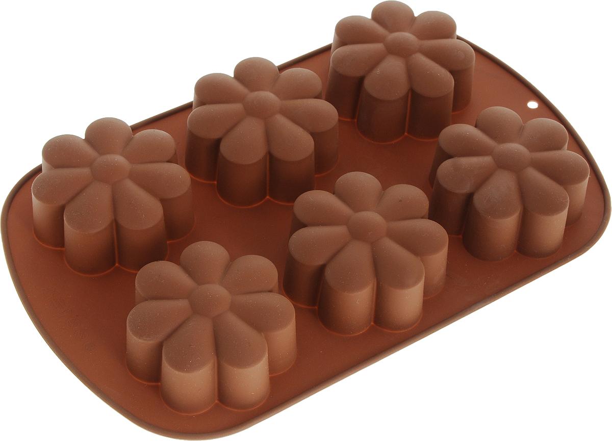 Форма для выпечки Marmiton Ромашки, силиконовая, цвет: коричневый, 6 ячеек17201_коричневыйФорма Marmiton Ромашки, выполненная из силикона, будет отличным выбором для всех любителей домашней выпечки. Форма имеет 6 ячеек в виде ромашек. Силиконовые формы для выпечки имеют множество преимуществ по сравнению с традиционными металлическими формами и противнями. Нет необходимости смазывать форму маслом. Она быстро нагревается, равномерно пропекает, не допускает подгорания выпечки с краев или снизу. Вынимать продукты из формы очень легко. Слегка выверните края формы или оттяните в сторону, и ваша выпечка легко выскользнет из формы. Материал устойчив к фруктовым кислотам, не ржавеет, на нем не образуются пятна. Форма может быть использована в духовках и микроволновых печах (выдерживает температуру от -40°С до +230°С), также ее можно помещать в морозильную камеру и холодильник.Размер формы: 26,5 х 17 х 3 см.Размер ячейки: 7 х 7 х 3 см