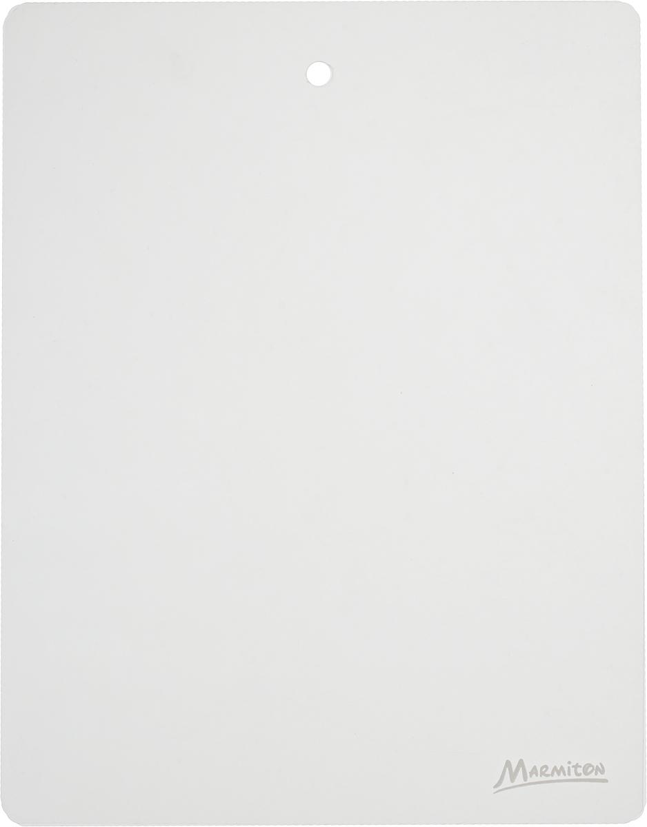Доска разделочная Marmiton, гибкая, 28 х 22 см17025_прозрачныйГибкая разделочная доска Marmiton прекрасно подходит для разделки всех видов пищевых продуктов. Изготовлена из гибкого одноцветного пластика для удобства переноски и высыпания. Изделие оснащено отверстием для подвешивания на крючок. Можно мыть в посудомоечной машине.