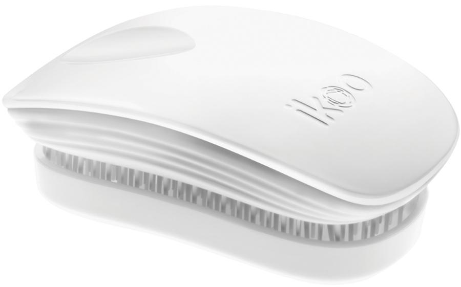 Ikoo Pocket Расческа для волос White Classic290047Уникальный подход щетки IKOO — расположение и структура щетинок, которые позволяют не только легко распутывать и расчесывать волосы, но и делать массаж головы в соответствии с принципами традиционной китайской медицины. Щетинки стимулируют энергетические меридианы и рефлексогенные зоны, что также положительно влияет на вегетативную нервную систему. Благодаря оптимальной степени твердости щетины, волосы распутываются легко и без вытягивания. Щетка ikoo сохраняет свою функциональность даже после долговременного использования.Щетки IKOO изготовлены из высококачественной смолы и акрила. Для комфортного использования корпус щетки отделан натуральной резиной, что помогает надежно удерживать щетку в руке. Скомбинировав эти три материала, мы избежали использования дерева и натуральной щетины, так как эти материалы подходят не для всех типов волос, а также труднее очищаются. Щетки IKOO соблюдают все гигиенические стандарты за счет своего состава. Во процессе разработки мы уделили большое внимание дизайну щетки, чтобы и правшам, и левшам было комфортно ей пользоваться.