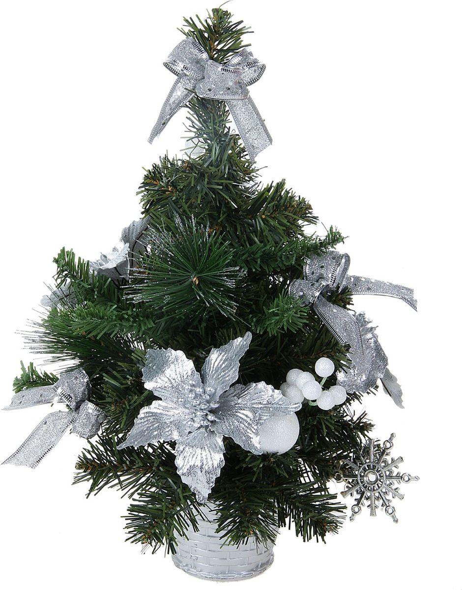 Елка настольная, цвет: серый металлик, 40 см. 706046706046Блестки, бантики и прекрасные цветы поддержат новогоднее настроение. Такую ель не нужно украшать – она уже нарядная. А благодаря аккуратному горшочку, в который помещена елочка, она станет прекрасным украшением изысканного интерьера.Новый год – волшебный праздник. В преддверии этого чудесного времени преображается все вокруг – улицы, дома и даже люди, окружающие нас. Преобразите и вы свой дом. Отличной помощницей в этом станет елка с серебряным декором Снежные шарики.