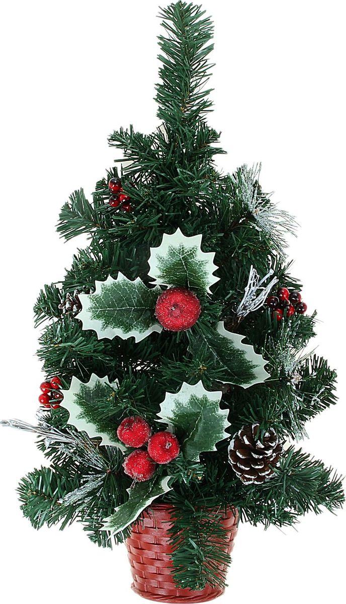 Елка настольная, цвет: зеленый, 60 см. 706051706051Пушистые веточки, шишки, припорошенные снежком, и веточки рождественской омелы создадут новогоднее настроение. Такую ель не нужно украшать – она уже нарядная. А благодаря аккуратному горшочку, в который помещена елочка, она станет прекрасным украшением любого интерьера.Новый год – любимый праздник многих. В преддверии этого чудесного времени преображается все вокруг – улицы, дома и даже люди, окружающие нас. Преобразите и вы свой дом. Отличной помощницей вам в этом станет елка декорированная Шишки и ягодки.