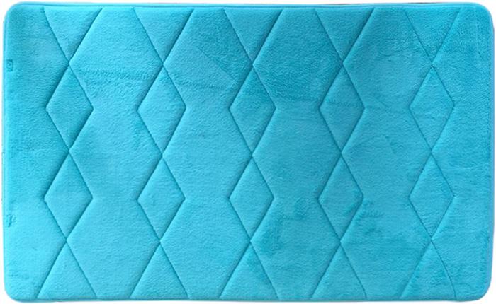 Коврик для ванной комнаты Dasch Fresh, цвет: голубой, 50 х 80 см5987Удивительное сочетание мягкости, легкости и практичности в ковриках коллекции Fresh. Невероятно мягкий коврик с короткостриженым ворсом из микрофибры. Мягкость достигается внутренним слоем, который выполнен из вспененного ПВХ. Благодаря такой технологии изготовления коврик очень легкий и обладает отличными влаговпитывающими свойствами. Основание коврика выполнено из противоскользящей ПВХ-сетки, которая препятствует скольжению коврика на гладкой поверхности пола. Коврик не выцветают со временем и не линяет при стирке и использовании. Допускается ручная или машинная стирка при t=40 C. После стирки коврик быстро сохнет. Плотность ворса 250 гр/м2
