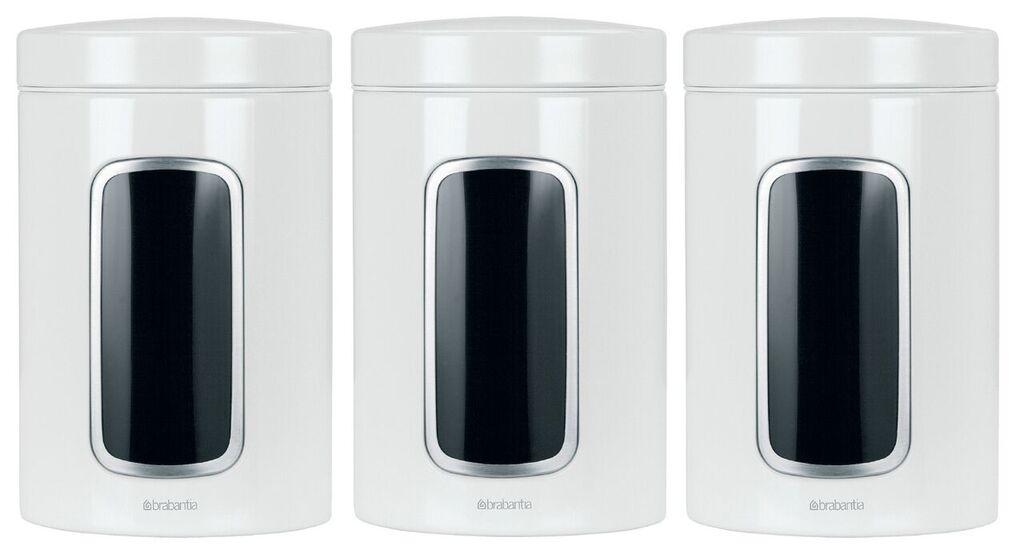 Набор контейнеров для сыпучих продуктов Brabantia, цвет: белый, 1,4 л, 3 шт. 151224151224Набор Brabantia состоит из трех контейнеров, выполненных из антикоррозийной стали с цветным защитным покрытием. Контейнеры предназначены для хранения кофе, чая, сахара, круп и других сыпучих продуктов. Изделия оснащены удобными плотно закрывающимися крышками, которые не пропускают запахи и позволяют дольше сохранять аромат продуктов. Контейнеры имеют прозрачные окошки. Благодаря антистатической поверхности содержимое контейнера не прилипает к пластиковому окошку, поэтому вы всегда можете видеть, что и в каком количестве содержится в банке. Стильный набор современного дизайна не только послужит функционально, но и красиво оформит интерьер вашей кухни.Размер банки (с учетом крышки): 11 см х 11 см х 17 см.