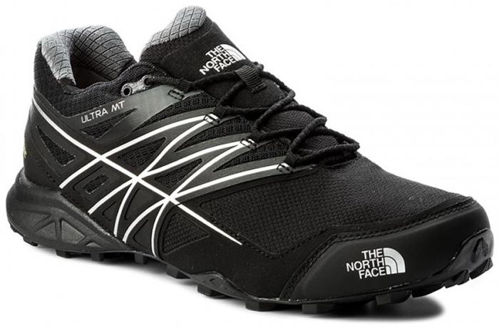 Кроссовки для бега мужские The North Face M Ultra Mt Gtx, цвет: черный. T932Z1KZ2. Размер 8H (41)T932Z1KZ2The North Face легкие и очень комфортные кроссовки для бега. Удобная шнуровка, верх из сетчатой ткани, мягкая пятка для облегченного входа - в этих кроссовках есть все для комфортного передвижения в течение всего дня. Рельефная поверхность подошвы гарантируют отличное сцепление на любых поверхностях. В таких кроссовках вашим ногам будет комфортно и уютно.