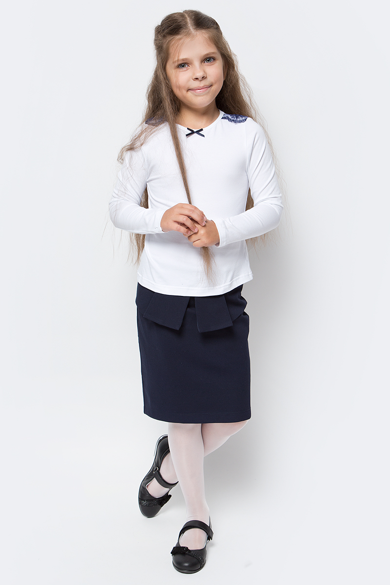 Блузка для девочки Nota Bene, цвет: белый. CJR27031A01. Размер 140CJR27031A01/CJR27031B01Блузка для девочки Nota Bene выполнена из хлопкового трикотажа с кружевной отделкой. Модель с длинными рукавами и круглым вырезом горловины.