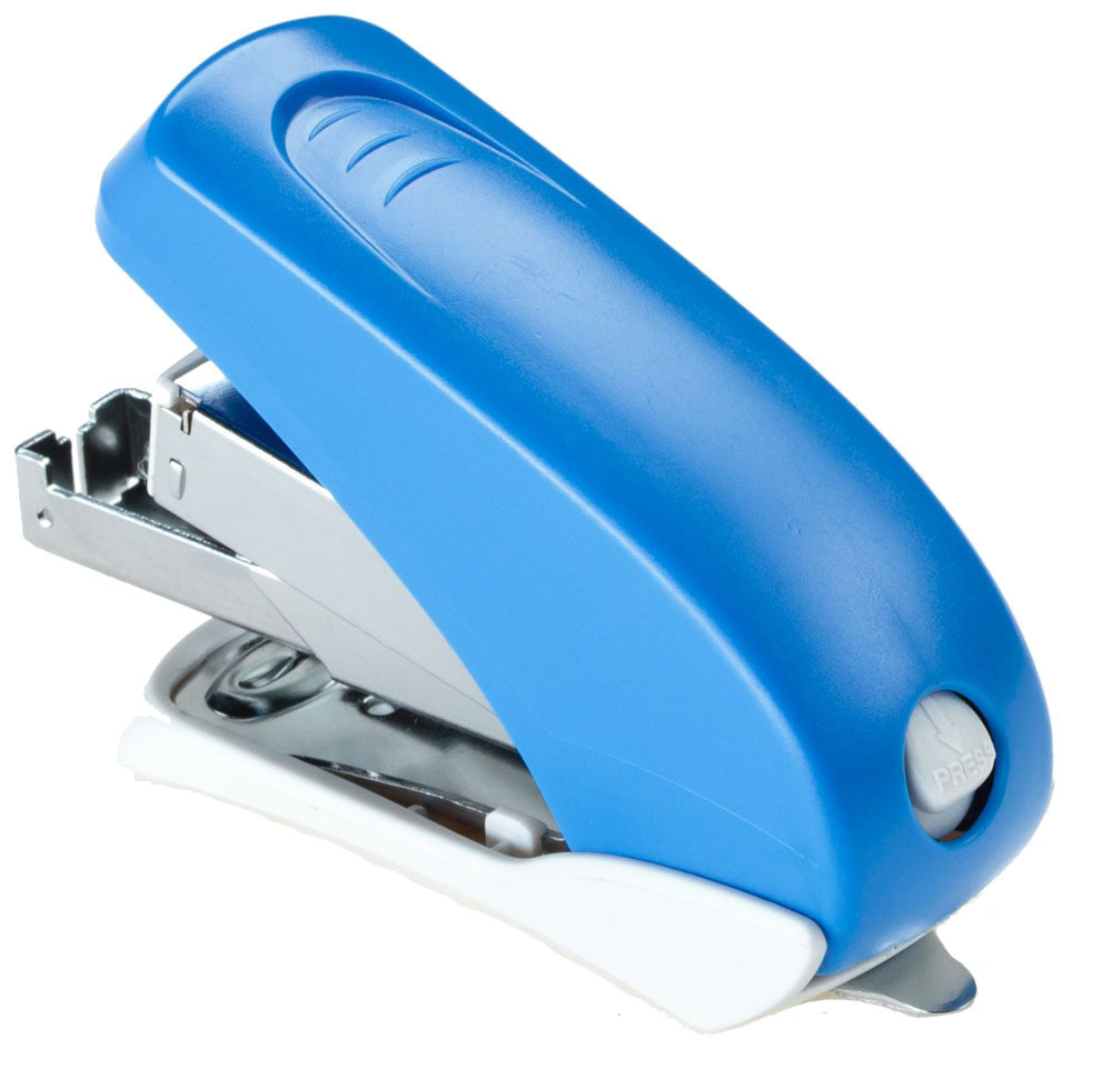 Office Force Stationery Степлер Power Saving цвет синий №24/6 26/630081Степлер Office Force Power Saving с эргономичным корпусом и и надежным механизмом. Глубина закладывания бумаги: до 42 мм.Толщина пробивания: до 20 листов бумаги плотностью 80 г/м.Тип и размер применяемых скоб: 24/6; 26/6.Вместимость контейнера: до 50 скоб.Режим сшивания листов: закрытый. Материал: пластик, металл.Размер: 90 мм х 71 мм х 34 мм.Наличие антистеплера. Можно хранить вертикально и горизонтально.