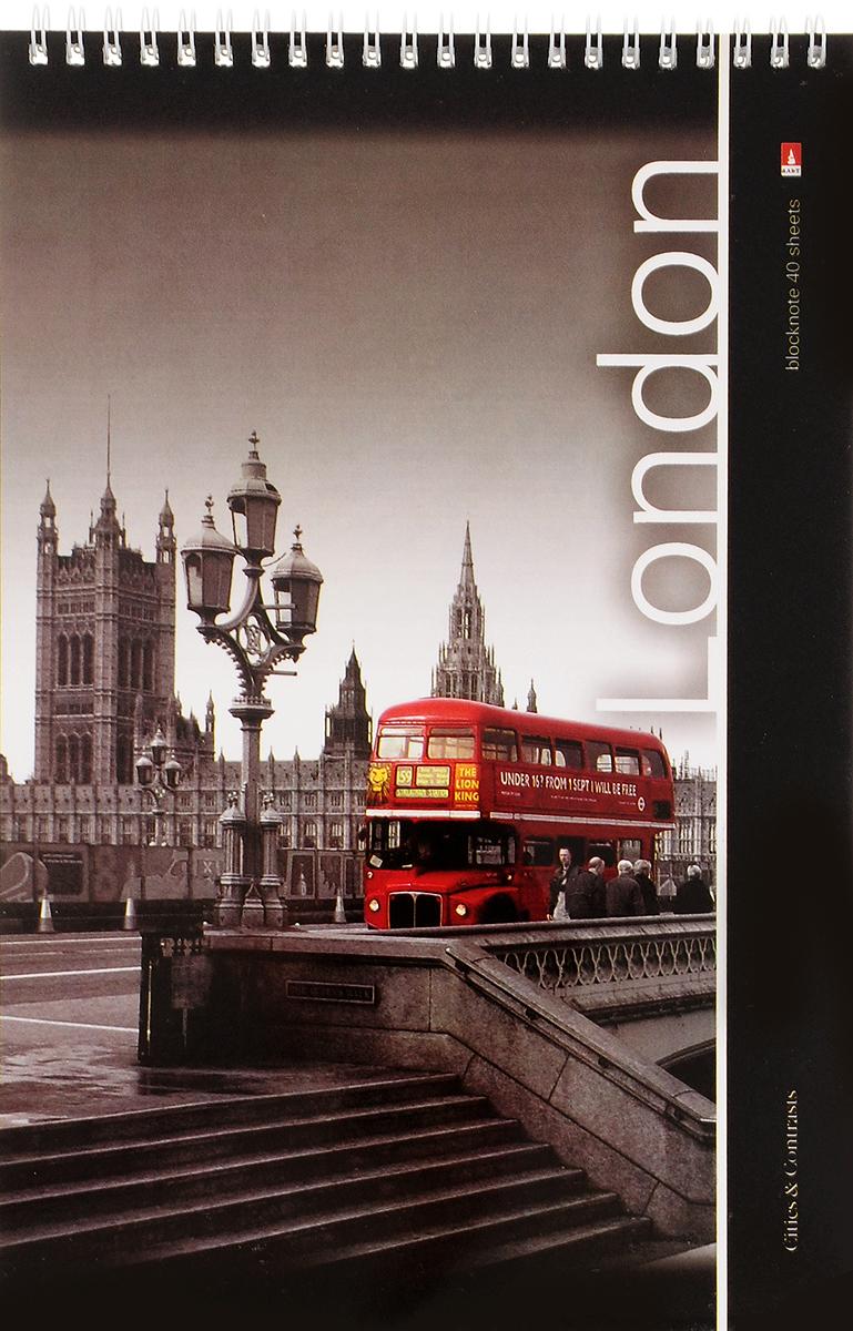Альт Блокнот Города London 40 листов2170943_LondonБлокнот Альт Города. London отлично подойдет для ведения любых записей.Внутренний блок, соединенный гребнем, состоит из 40 листов белой бумаги. Стандартная линовка в клетку голубого цвета не имеет полей.