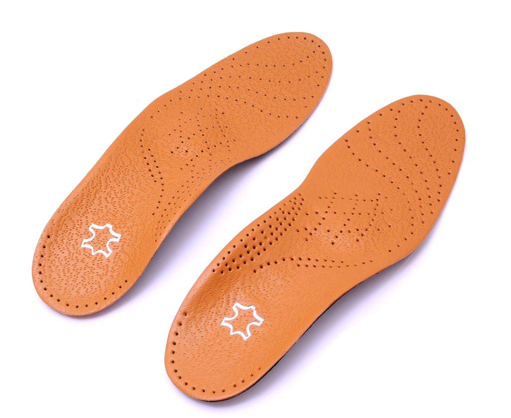 Ортопедические стельки для обуви Практика Здоровья, цвет: коричневый. СТ2. Размер универсальныйСТ2Ортопедические стельки обеспечивают поддержку продольного и поперечного сводов стопы и защищают от развития плоскостопия.Имеет пяточный амортизатор, обеспечивая снижения ударной нагрузки на пятку. Используются в обуви закрытого типа с каблуком до 4 см.