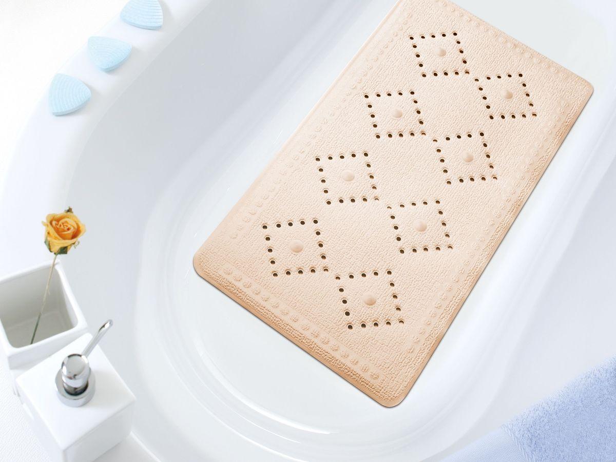 Коврик в ванну Bacchetta, цвет: бежевый, 36 х 71 см1609Практичный коврик на присосках для ванной Bacchetta выполнен из высококачественного вспененного ПВХ, поэтому изделие обладает мягкостью и эластичностью. Коврик подходит для всех типов ванн и душевых кабин, он хорошо фиксируется на поверхности за счет вакуумных присосок. Предназначен для использования в ванне или душевой кабине в гигиенических целях и для обеспечения безопасности. Коврик предотвращает возможность травм при падении на скользкой поверхности.
