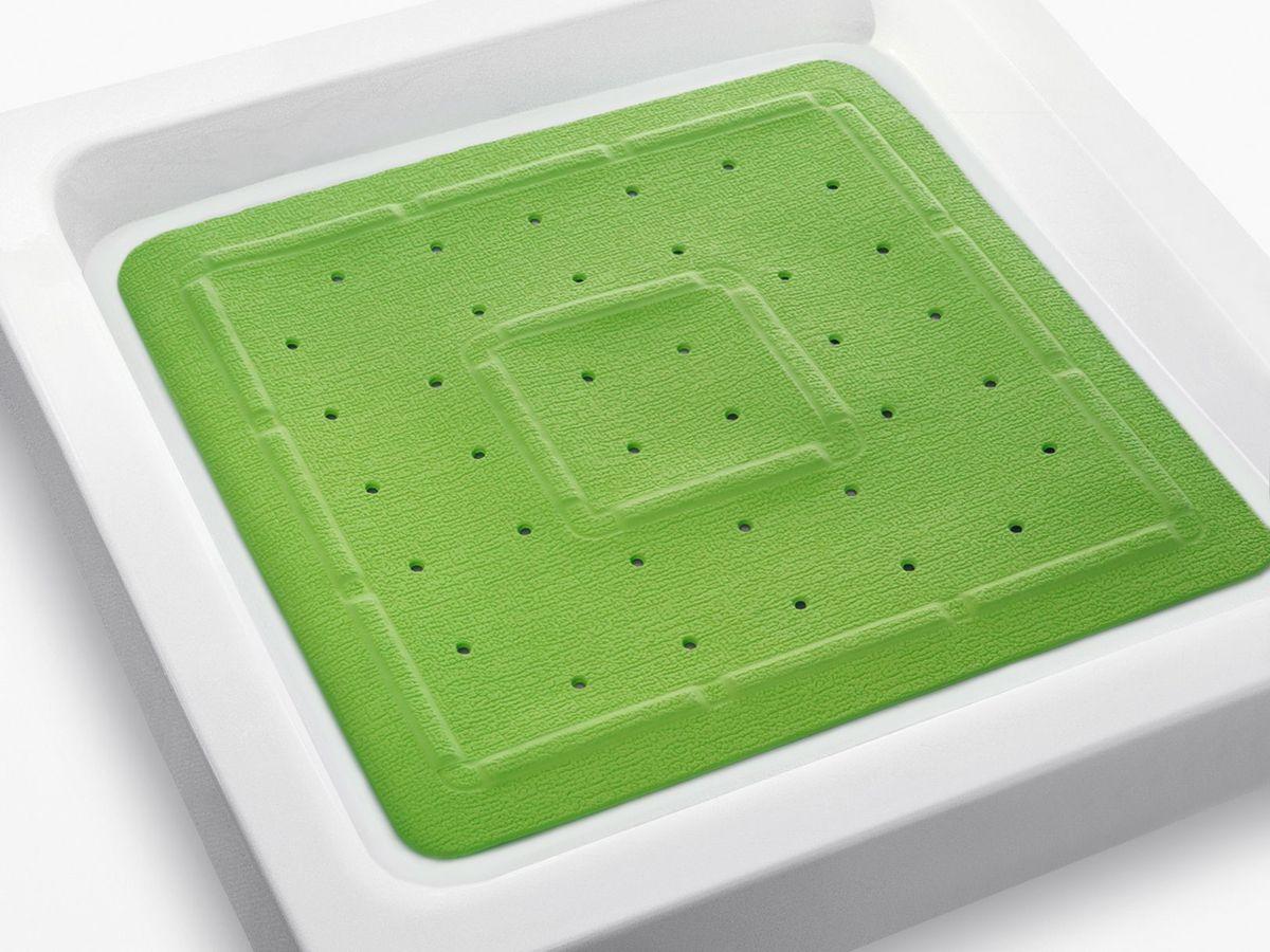 Коврик в душевую кабину Bacchetta, цвет: зеленый, 55 х 55 см4818Практичный коврик на присосках для ванной. Коврик выполнен из высококачественного вспененного ПВХ, поэтому изделие обладает мягкостью и эластичностью. Коврик подходит для всех типов ванн и душевых кабин, он хорошо фиксируется на поверхности за счет вакуумных присосок. Предназначен для использования в ванной или душевой кабине в гигиенических целях и для обеспечения безопасности. Коврик предотвращает возможность травм при падении на скользкой поверхности.