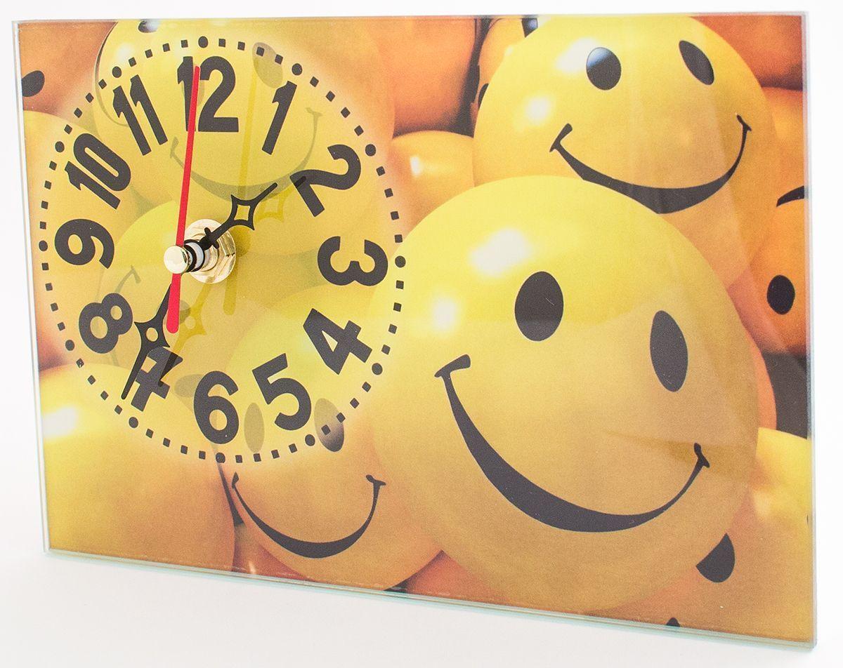 Часы настольные Эврика Смайлы, стеклянные, 18 х 12 х 2 см98103Часы настольные стеклянные с механизмом бесшумного хода (не тикают) в белой картонной коробке. Размеры упаковки: 20 х 12 х 4 см. Элемент питания: 1хАА (1,5В).