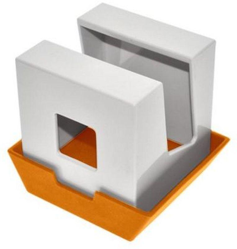 Подставка под крышку и лопатки Мультидом, цвет: оранжевыйJ80-175Подставка удивит вас своей многофункциональностью! Этот стильный аксессуар для кухни украсит Ваш интерьер и порадует многообразием решений для использования. Она может использоваться как подставка для инструментов при приготовлении пищи…еще одно движение и это подставка для крышки!Вы можете располагать на ней все, что вам хочется: будь то палочки для еды, книга с рецептами, половник или специи - достаточно перевернуть подставку или поменять расположение крышки.Изготовлено из пластмассы (ABS), крышка из термопластичного эластомера (TPE).