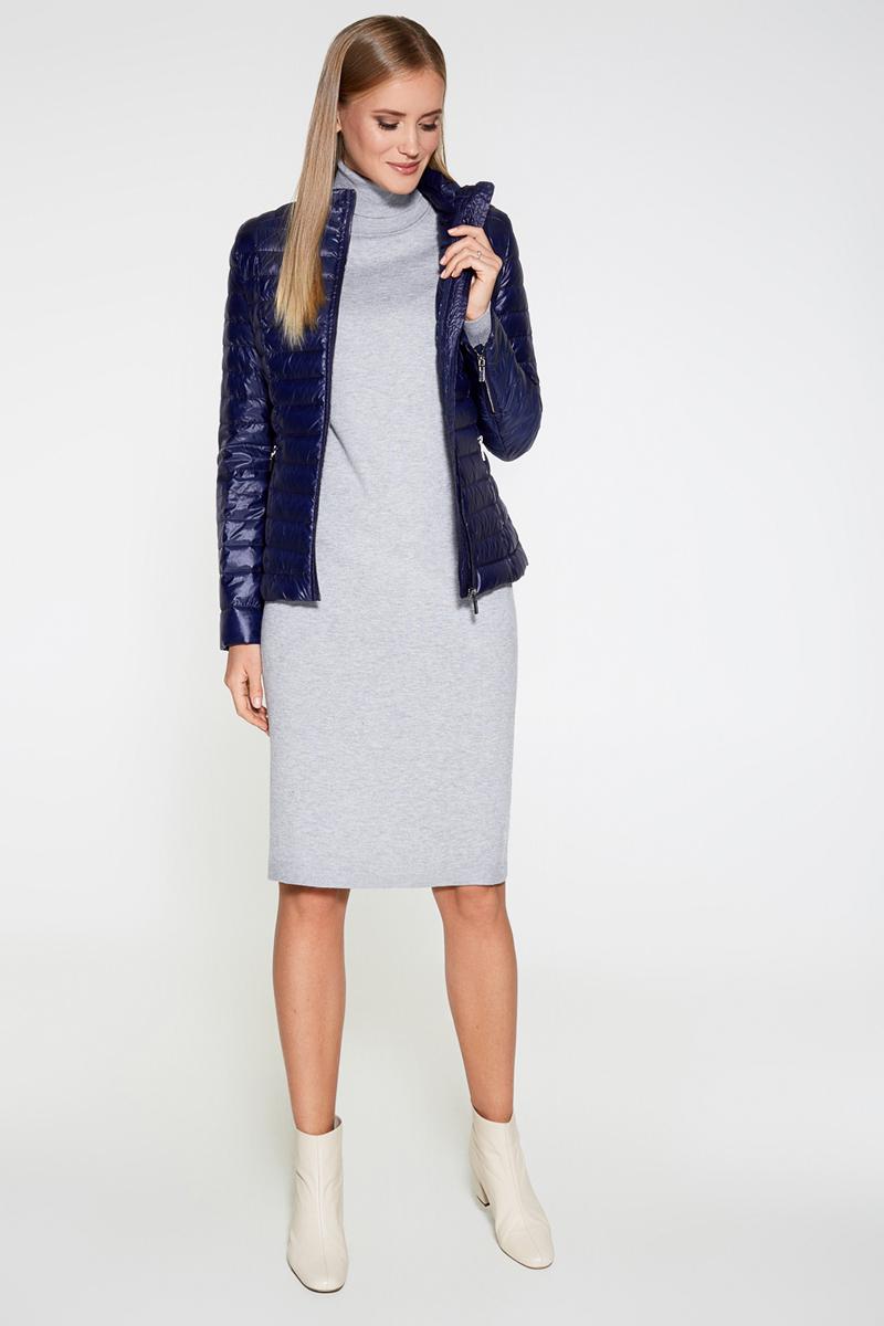Платье Concept Club Vasson17, цвет: серый. 10200200352. Размер L (48)10200200352Базовое платье от Concept Club облегающего кроя выполнено из эластичного вязаного трикотажа. Модель с воротником-гольф и длинными рукавами с эластичными манжетами.