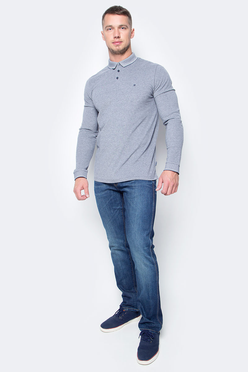Джинсы мужские Wrangler, цвет: синий. W16AMW98G. Размер 36-32 (52-32)W16AMW98GМужские джинсы Wrangler станут отличным дополнением к вашему гардеробу. Джинсы выполнены из эластичного хлопка. Изделие мягкое и приятное на ощупь, не сковывает движения и позволяет коже дышать.Модель на поясе застегивается на металлическую пуговицу и ширинку на металлической застежке-молнии, а также предусмотрены шлевки для ремня. Модель имеет классический пятикарманный крой: спереди расположены два втачных кармана и один маленький кармашек, а сзади - два накладных кармана.Современный дизайн, отличное качество и расцветка делают эти джинсы модным, стильным и практичным предметом мужской одежды. Такая модель подарит вам комфорт в течение всего дня.