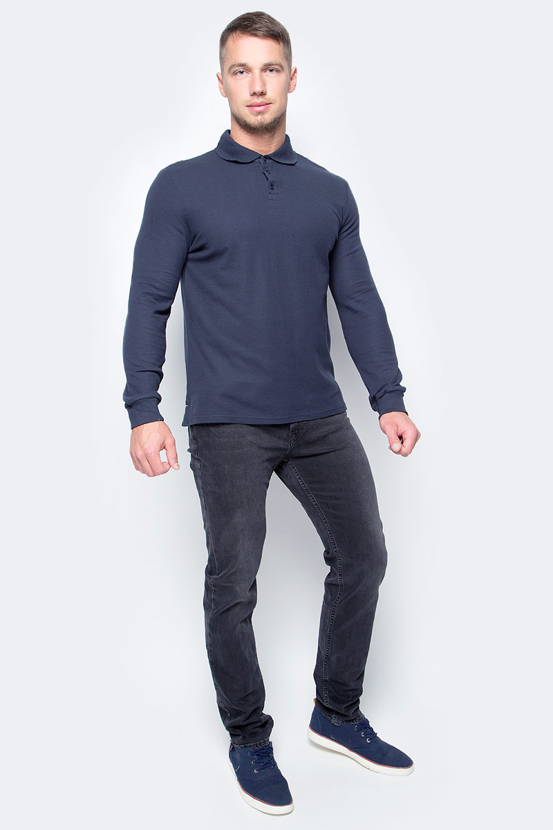 Поло мужское Baon, цвет: темно-синий. B707701_Deep Navy. Размер XL (52)B707701_Deep NavyВ холодное время года на смену традиционным футболкам-поло придет поло с длинным рукавом. Изделие выполнено из высококачественного хлопкового трикотажа-пике. Модель имеет небольшие разрезы по бокам, внутренняя часть которых отделана кантом контрастного цвета. Подобная отделка украшает и внутреннюю часть воротника. Нижняя часть поло декорирована фирменным логотипом из пластика.