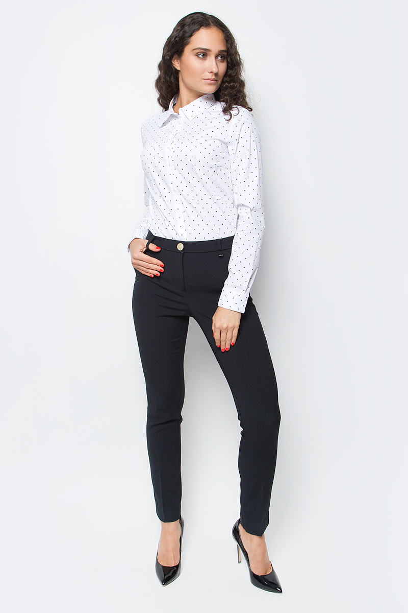 Брюки женские Baon, цвет: черный. B297519_Black. Размер L (48)B297519_BlackИзящные зауженные брюки от Baon помогут вам составить стильный деловой костюм. Изделие выполнено из материала с легким эффектом стрейч. Брюки застегиваются на молнию и пуговицу. По бокам расположено два кармана, задние карманы - ложные. Пояс изделия дополнен шлевками для ремня.
