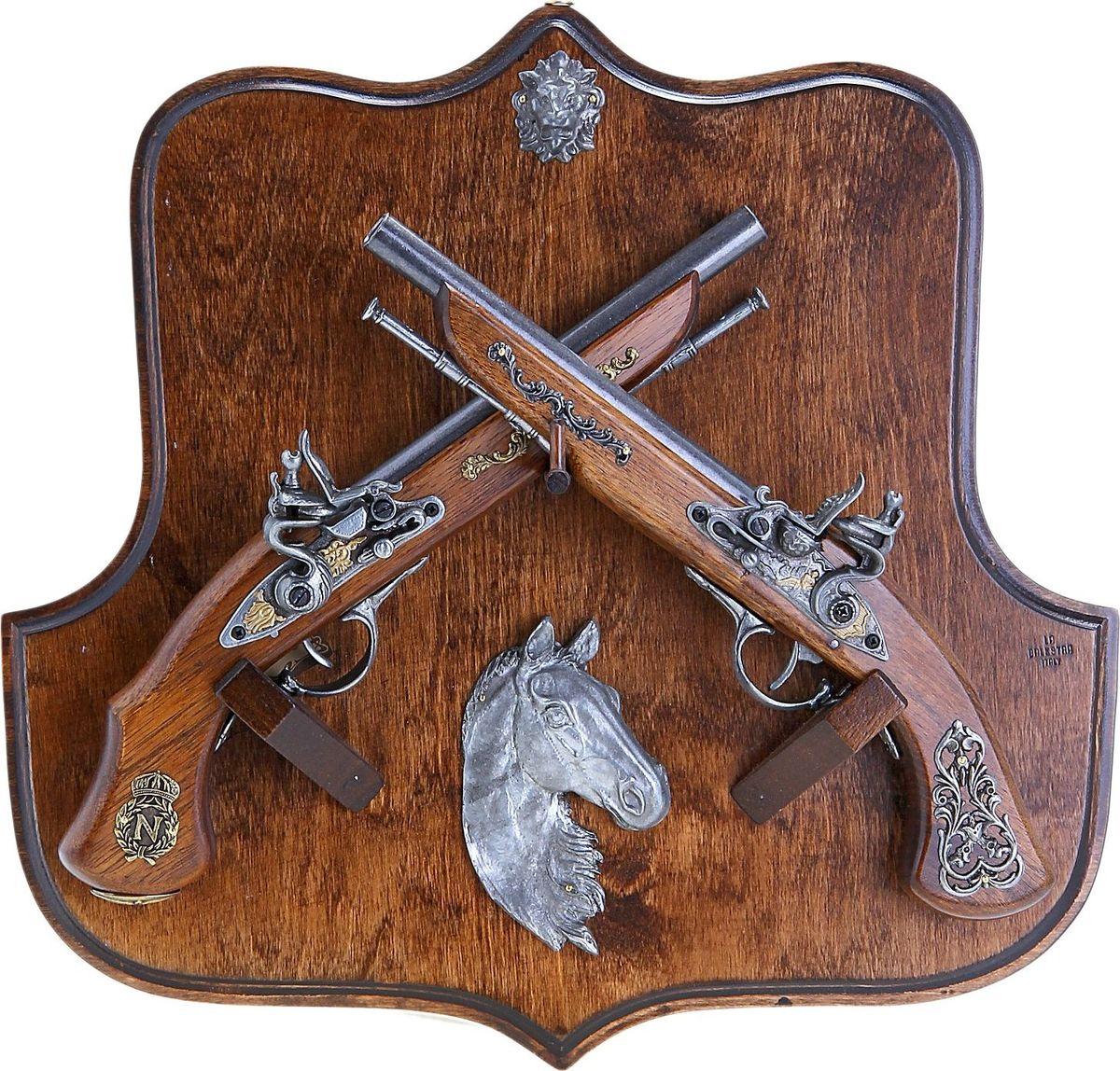 Сувенирное оружие La Balestra Макет 2 пистолей Horse, на планшете, 42 х 42 х 10 см 2 х комфорочную варочную панель