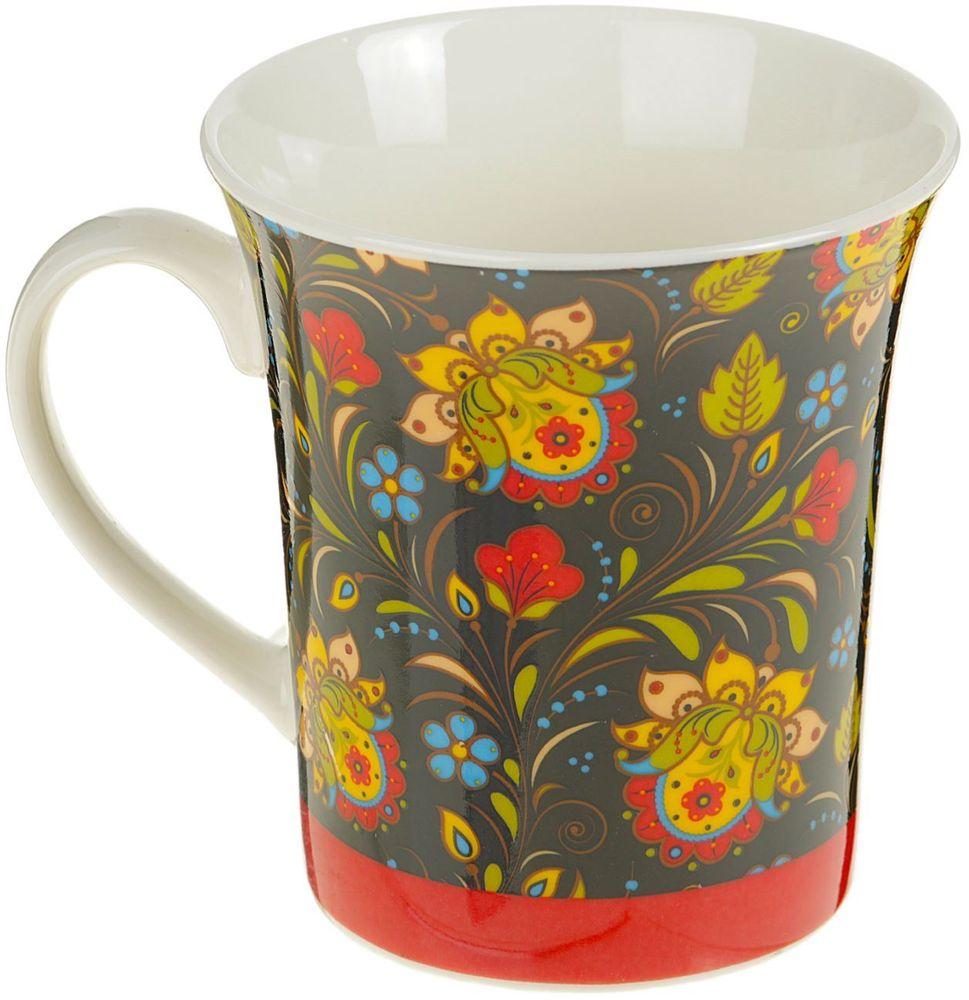 Кружка Доляна Желтые цветы, 340 мл2336785Стильная кружка станет изумительным подарком для творческих личностей и тех, кто ценит красоту в повседневных вещах. Предмет дополнит любой интерьерблагодаря оригинальному рисунку.Достоинства:декор не стирается долгое время;поверхность устойчива к сколам и царапинам;ручка не нагревается от горячих напитков.Насыщенные цвета сделают жизнь ярче, а дом или рабочее место — уютнее.Рекомендуется ручная мойка. Избегайте использования высокоабразивных средств.