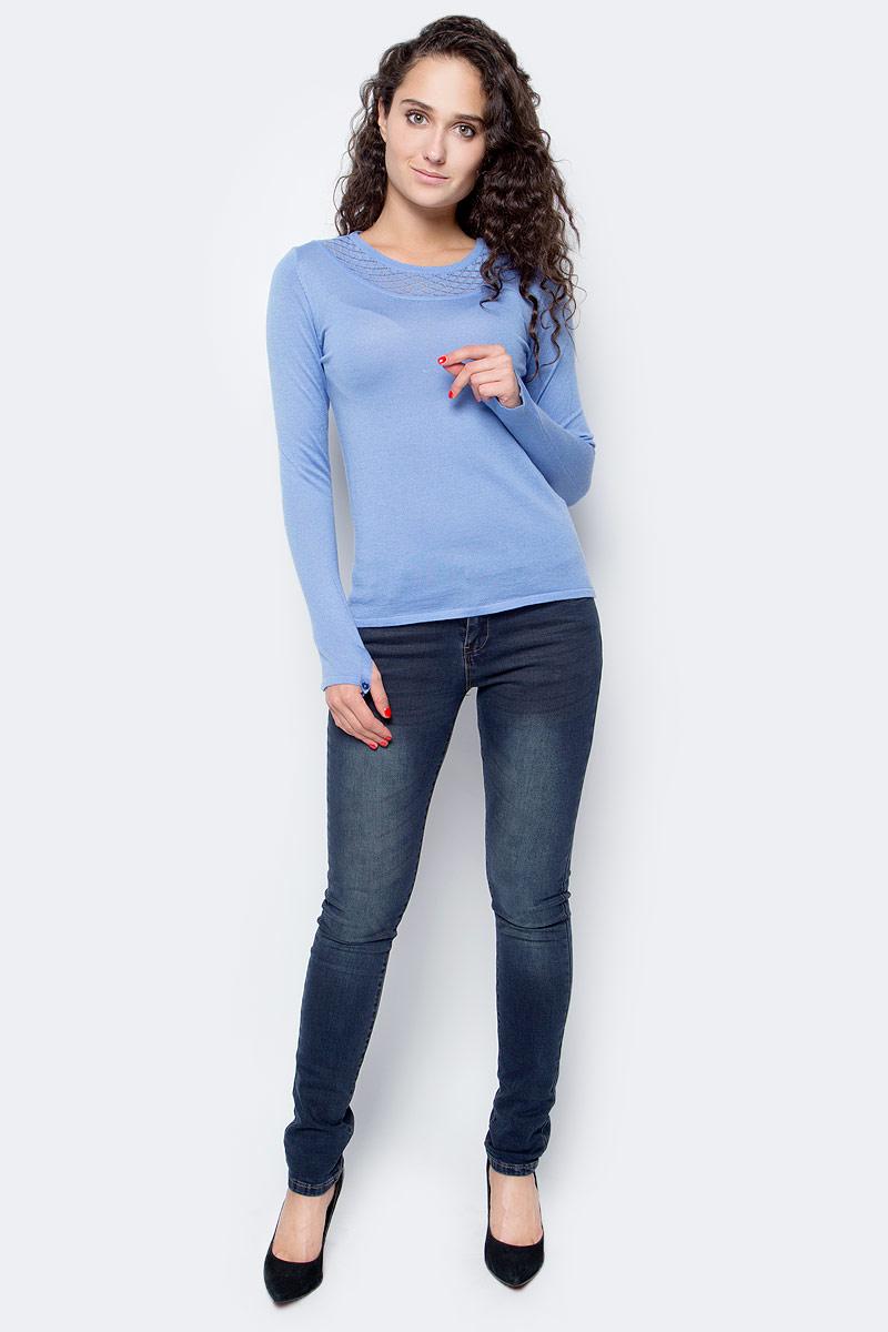 Джемпер женский Baon, цвет: голубой. B137533_Cloudy Blue. Размер S (44)B137533_Cloudy BlueНежный джемпер от Baon станет элегантной составляющей вашего повседневного гардероба. Изделие выполнено из мягкой пряжи с добавлением шерсти, натуральные волокна которой окутают вас своим теплом. Ажурный воротник - оригинальное украшение данной модели. Манжеты декорированы пуговицами.