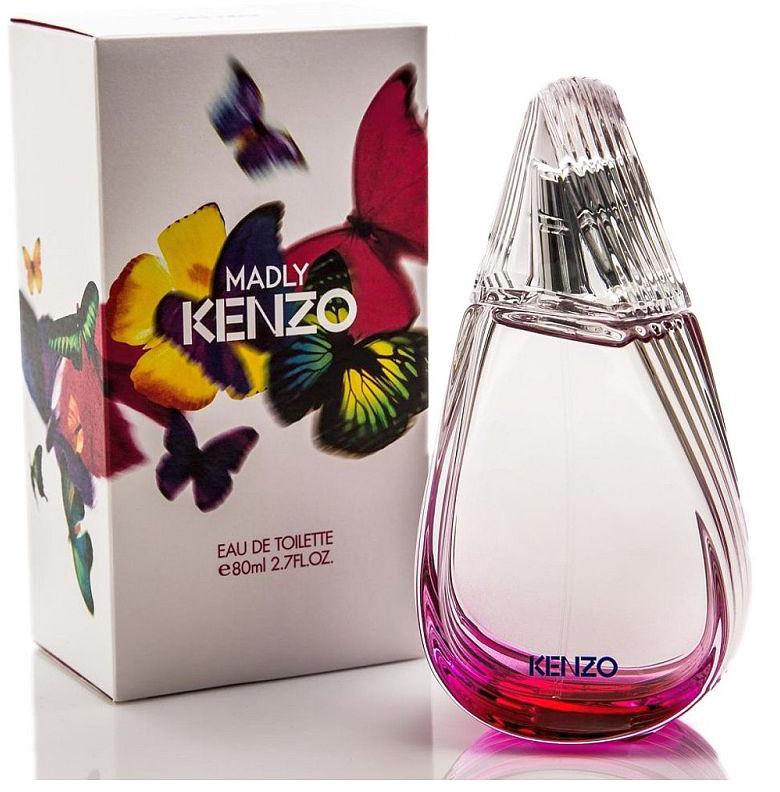 Kenzo Madly туалетная вода, 80 мл953516Женщина, живущая в согласии с собой и познавшая радость непослушания, умеет жить полной жизнью. Яркой, насыщенной, магической. Она не придает значения условностям, решается на самые смелые поступки. Kenzo представляет аромат с оригинальной композицией и яркой индивидуальностью. Потрясающая форма флакона — стилизованное крыло бабочки, почти спиральное и передающее движение. Простая, уникальная и запоминающаяся форма. Цвет растворяется в стекле... Бабочки — это символ Madly Kenzo. Трогательные и неуловимые, они символизируют стремление к красоте и свободе. Мириады бабочек, вырвавшихся на свободу, завораживающий хоровод... Верхние ноты: груша и личи; Сердце: жасмин и гелиотроп; Ноты базы: мускус и белый кедр