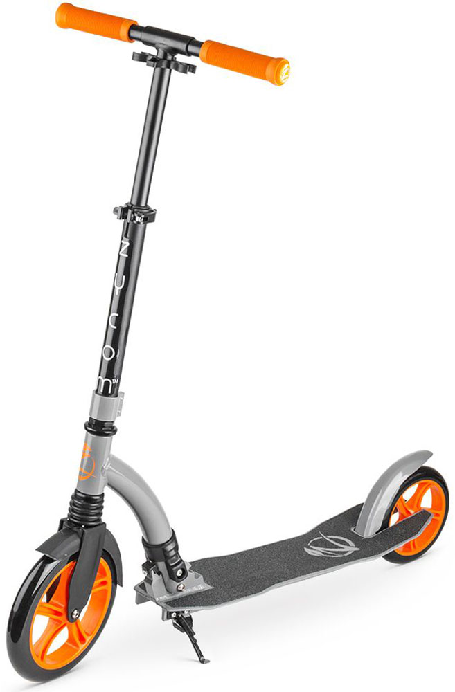 Самокат Zycom Easy Ride 230, цвет: оранжевый1149150Zycom Easy Ride 230 - это усовершенствованная модель самоката, созданного австралийской компанией Зайком Моушен, которая в новом сезоне получила популярные большие колеса - 230 мм спереди и 180 мм сзади.Самокат имеет современный высокоточный подшипник ABEC-5, который используется на передовых катательных устройствах высокого уровня.Колеса сделаны из плотного PU-материала (каучук), который практически не деформируется. Он не прокалывается, также его не нужно постоянно подкачивать. Еще его толщина и строение обеспечивают легкое качественное качение при минимуме усилий. Для комфортной и легкой (как говорит название - Easy Ride) езды по городу у самоката есть все необходимое:1. Большие колеса, которые преодолеют и лужу, и поверхность из брусчатки;2. Передний амортизатор, который сгладит вибрацию и удары при неровностях дороги;3. Большой задний тормоз, в который легко попасть ступней и плавно затормозить; 4. Широкая и длинная дека (платформа самоката), на которую удобно ставить одну или даже две ноги;5. Регулируемый по высоте руль, благодаря которому вы выберете комфортный для вас уровень - и для ребенка, и для подростка, и для взрослого.6. Складной механизм - самокат в сложенном виде очень компактен и портативен.Австралийская компания Заком Моушен уже более 10 лет присутствует на мировом рынке и выпускает специализированную линейку трюковых самокатов для спортсменов слалома под маркой MDP. Компания знает все потребности и нюансы самокатостроения, имеет большой накопленный опыт.Катайтесь всей семьей на самокат Zycom Easy Ride и проводите драгоценное время вместе в увлекательных поездках!
