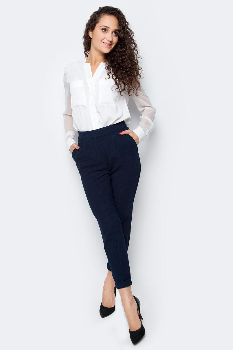 Брюки женские Only, цвет: синий. 15137833_Night Sky. Размер XS (40/42)15137833_Night SkyСтильные женские брюки Only, выполненные в классическом стиле, разнообразят ваш повседневный гардероб. Укороченная модель зауженного кроя имеет пояс на широкой резинке и дополнена двумя втачными карманами. Сзади - имитация прорезных карманов. Модель подойдет для прогулок и дружеских встреч и дополнит гардероб в любом стиле.