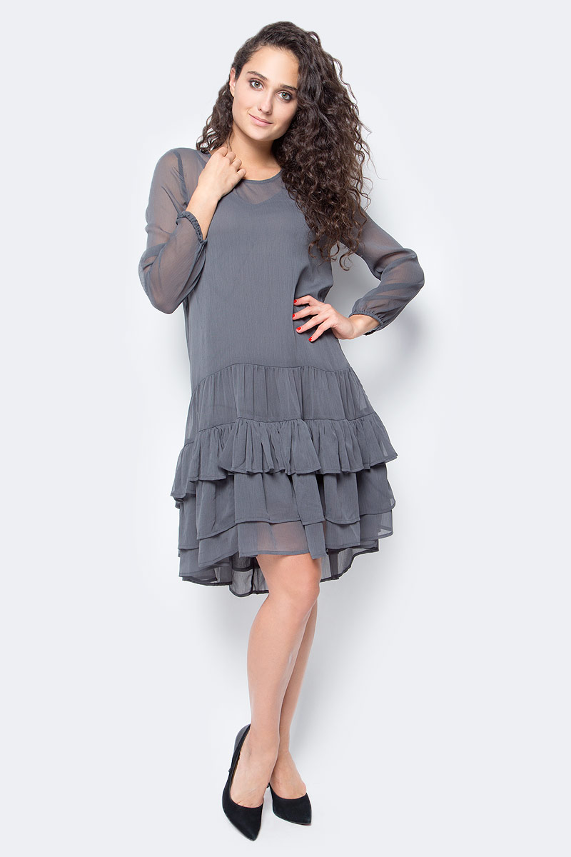Платье Vero Moda, цвет: серый. 10185010_Asphalt. Размер XS (40/42)10185010_AsphaltСтильное платье Vero Moda выполнено из высококачественного материала. Модель свободного кроя с круглым вырезом горловины идлинными рукавами подчеркнет вашу женственность.